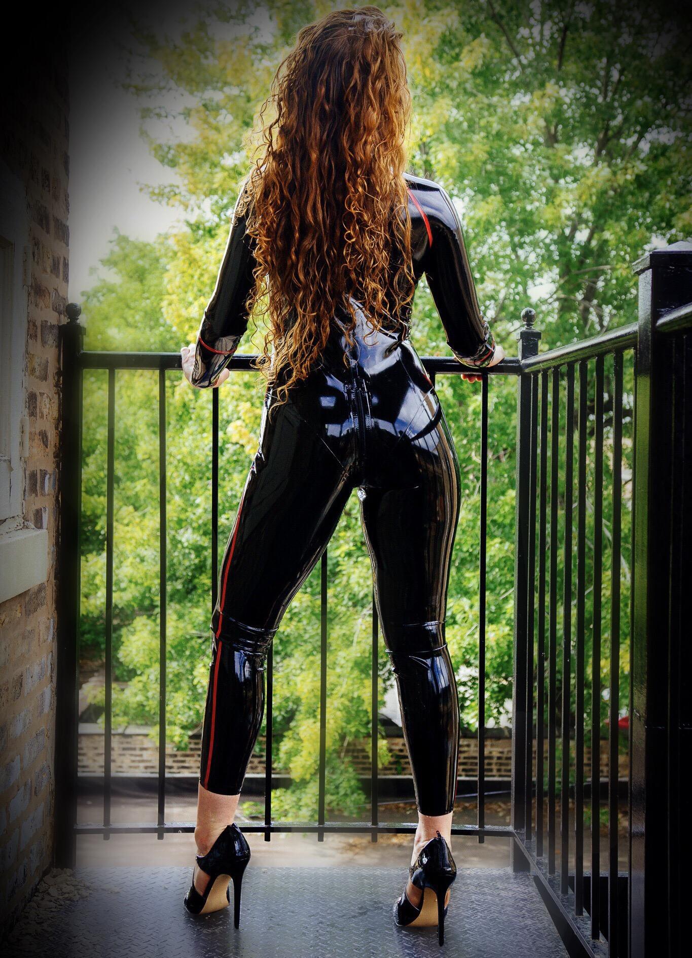 latex catsuit, catsuit, latex worship, latex fetish, redhead, dominatrix, bottom worship, foot worship, leg worship, latex